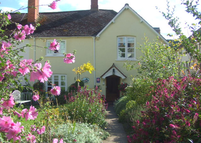 Luxurious Accommodation Somerset